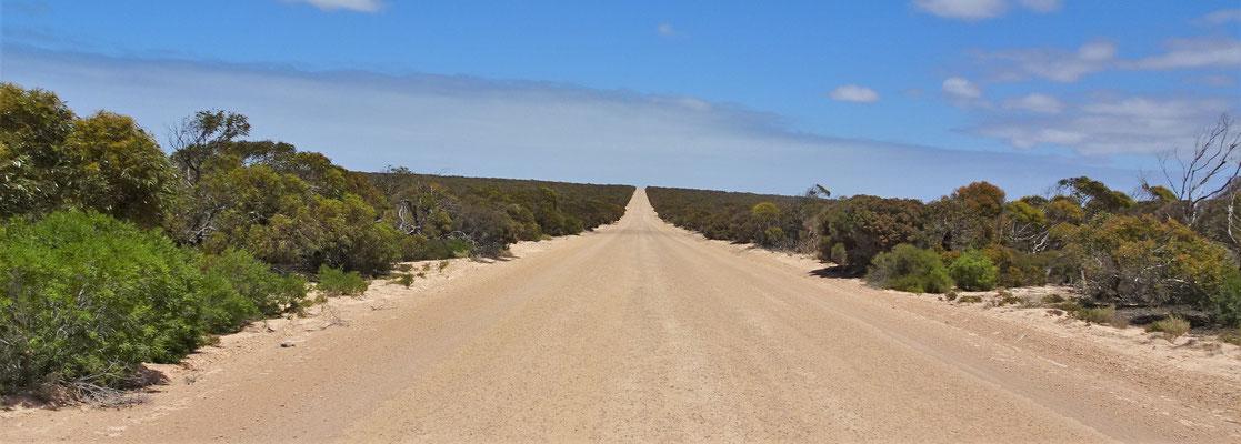 Die letzten 15km auf Naturstrassen.....