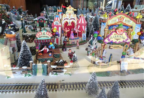 Weihnachtsstimmung in einem Schaufenster....