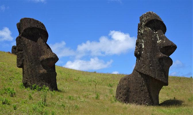 .....Fels gehauen wurden.