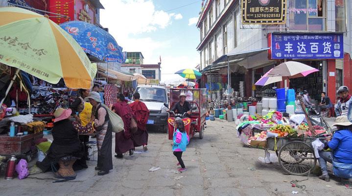 Tibetischer Markt in Shigatse...
