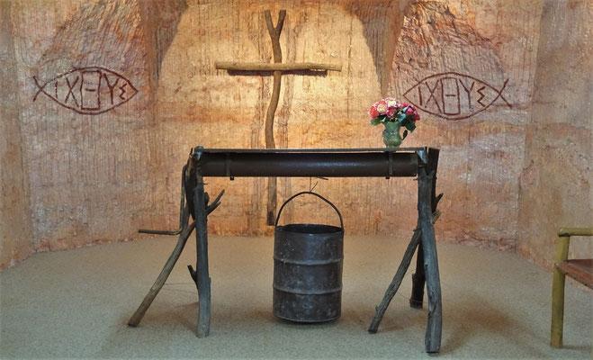 Der Altar aus einer alten Minenwinde......