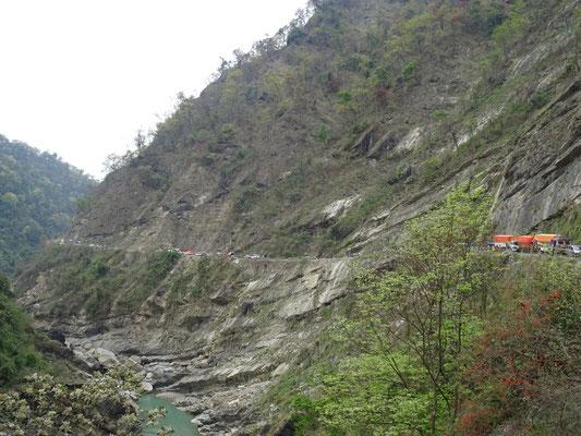 Auf dem Weg nach Pokhara....nach Butwal