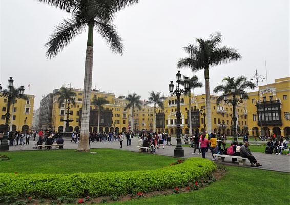 Die Plaza de Armas....