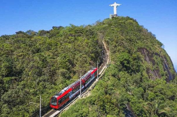 Die Zahnradbahn auf den Corcovado.