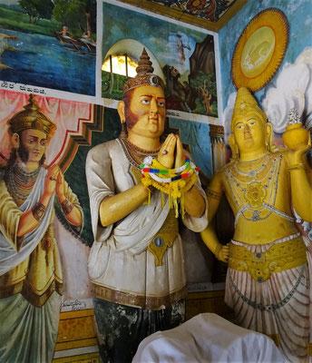 König Mahasena der den Stupa erbaute.