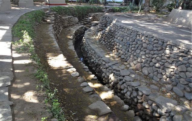 Ein alter Nasca Kanal.