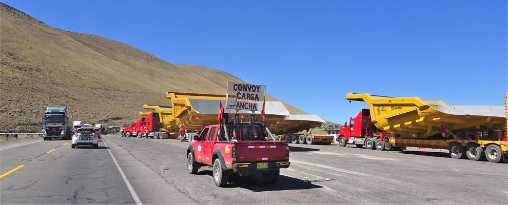 Das sind Ladebrücken für die Trucks.....