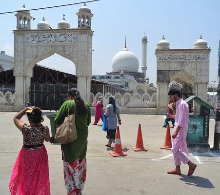 Die grosse Mosche von Srinagar