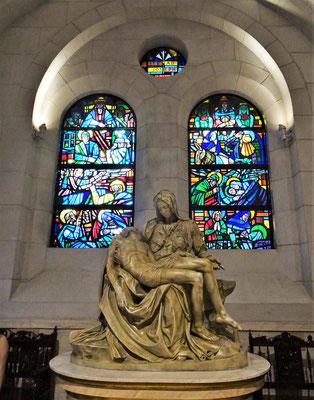 Die Kopie der Pieta von Michelangelo.