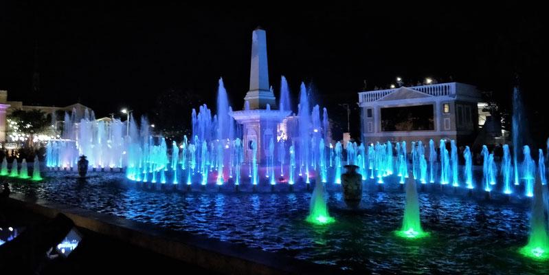 Das Wasser- Licht-.....