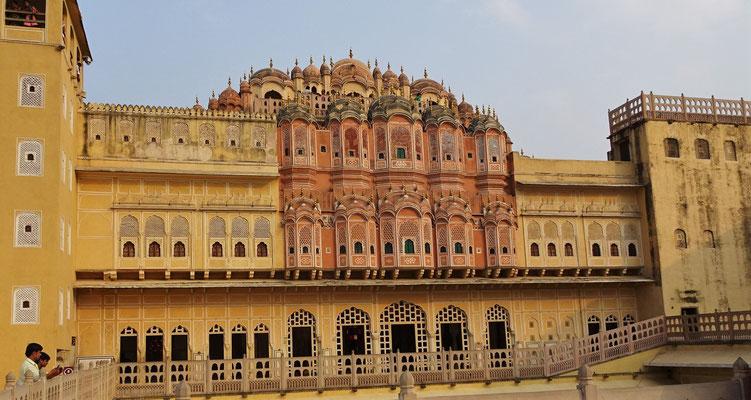 Der Palast von Innen...