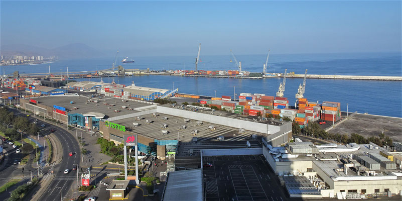 Blick in den Hafen.