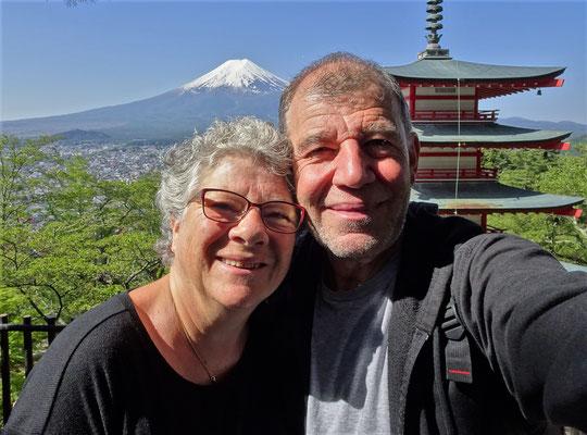....von der Chureito Pagoda.
