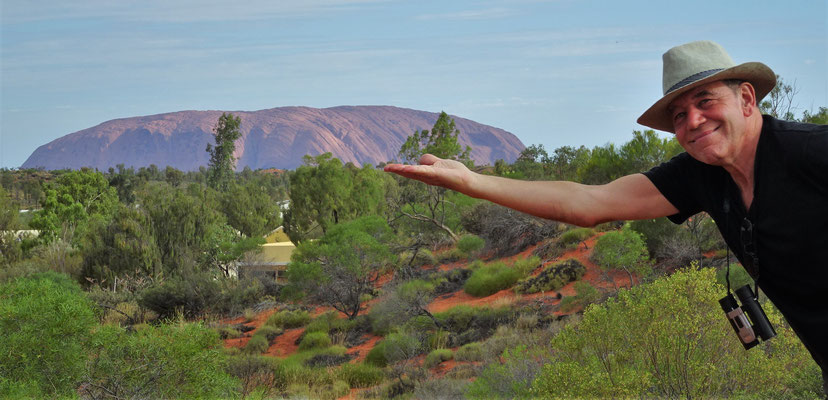 Hier ist nun der Uluru (Ayers Rock).