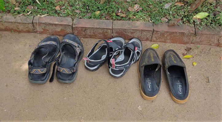 ....die Schuhe ausziehen und....