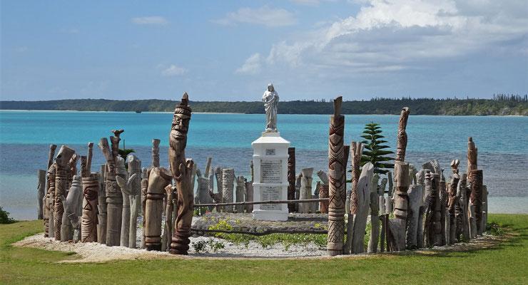 Bei der Statue St. Maurice.....