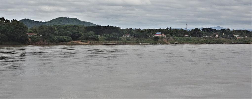 ......auf Laos hinüber.