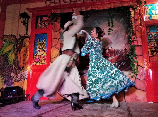 Schneller, flamencoähnlicher Tanz.....