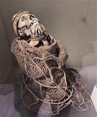 Eine Mumie.