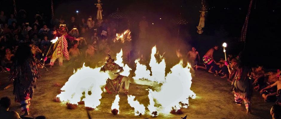 Der Abschluss mit dem Feuer.