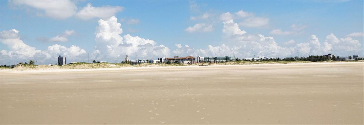 Solchen Strand wünscht.....