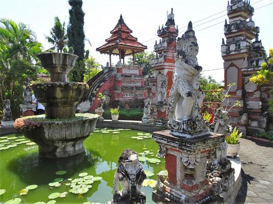 Der buddhistische Tempel......
