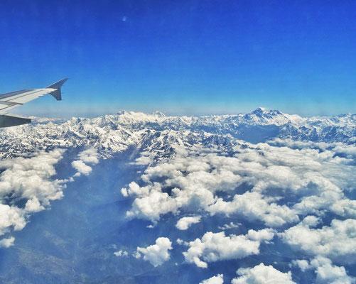 Auf dem Flug von Lhasa nach..