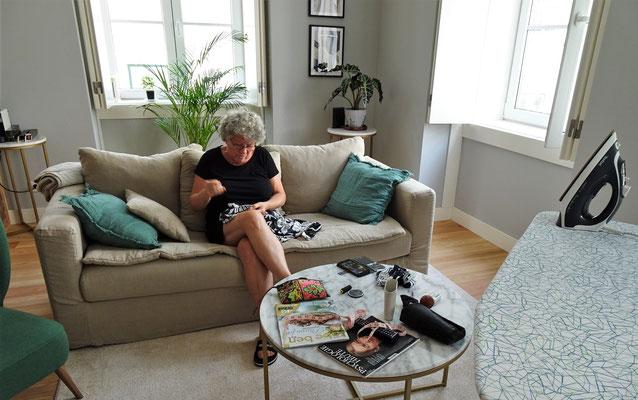Hausarbeit........Kleid kürzen.
