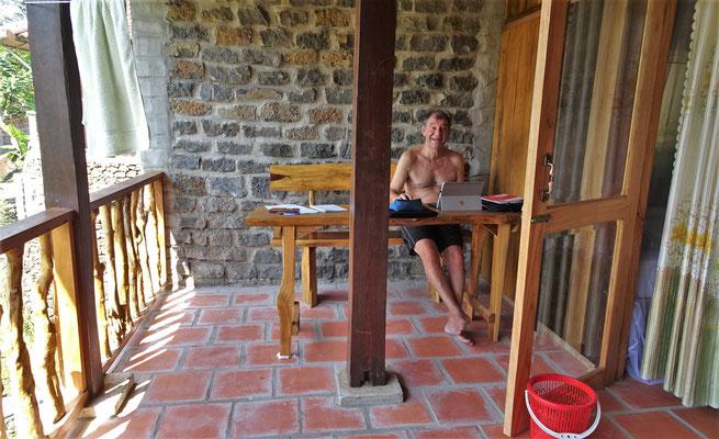 Das Büro auf dem Balkon......