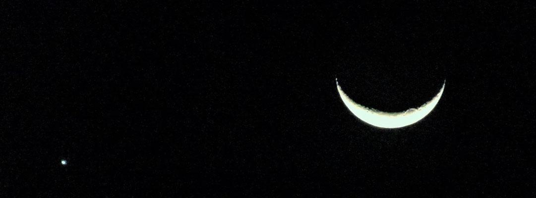 Mond mit Fixstern.