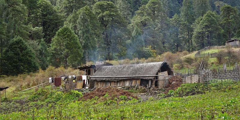 Ein sehr einfaches Bauernhaus.