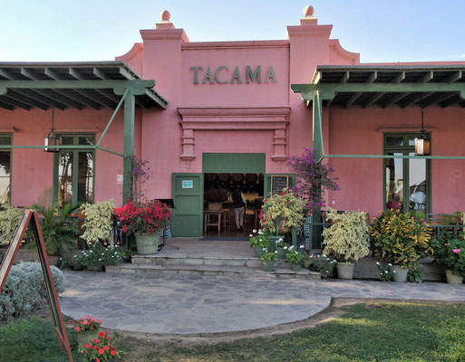 ......Hacienda Tacama.