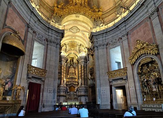 Das Innere der Kirche......