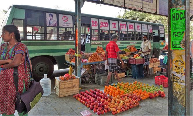 ....der Früchtehändler.