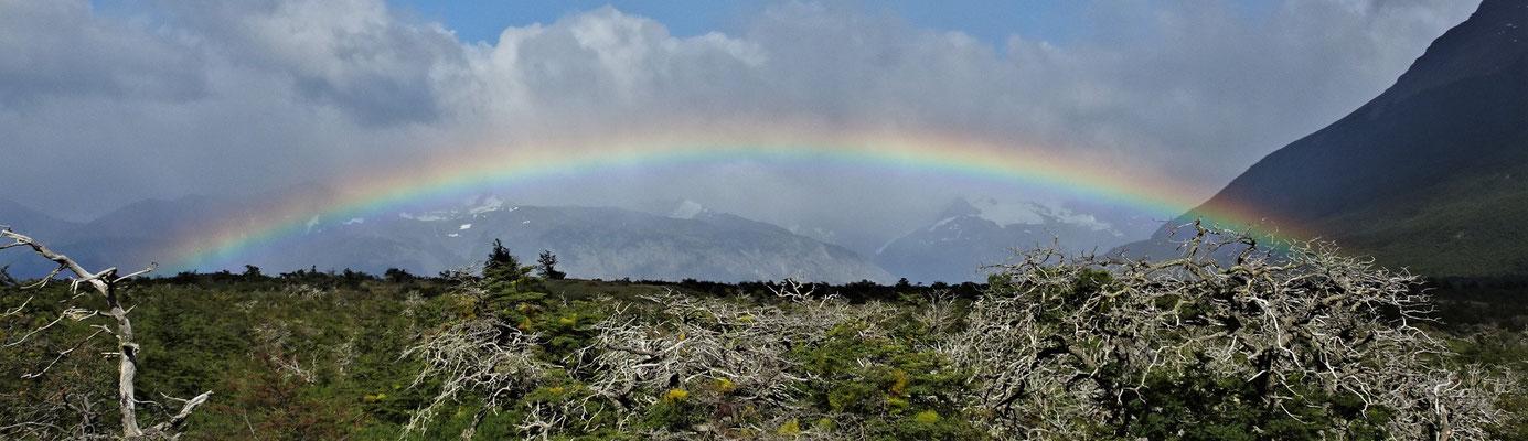 .....mit diesen Regenbogen beglückt.