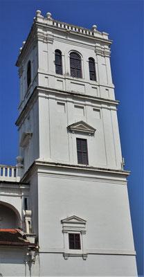 ...der Turm der Kathedrale Se....