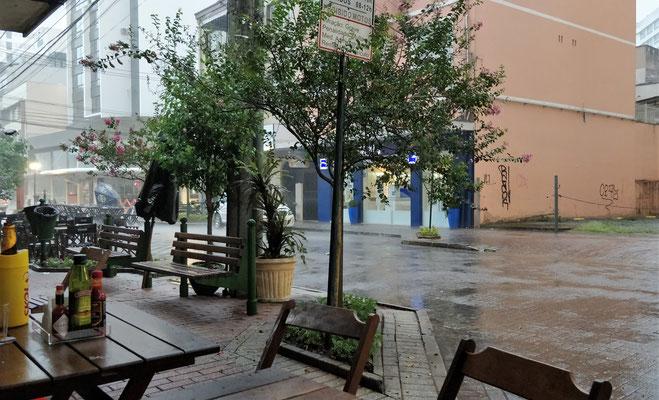 ......und Regen.