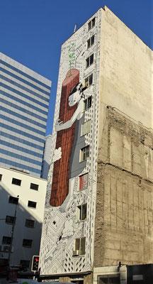 Ein grosses Wandgemälde in der Nähe des Hotels.