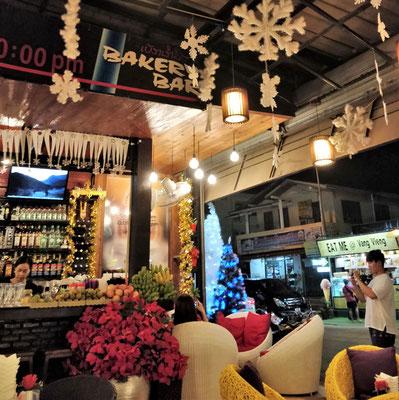 In der Luang Prabang Bakery.....