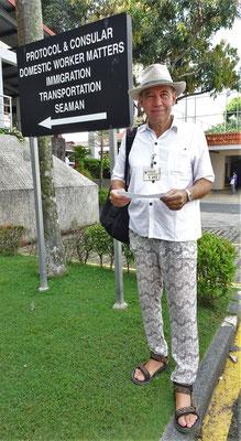 Ugo's spezielles Outfit für die Indonesische Botschaft.
