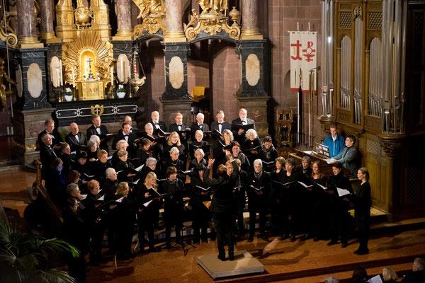 Wormser Kantorei, Leitung: Stefan Merkelbach, Orgel: Dan Zerfaß