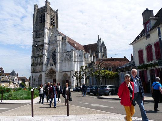 St Etienne, Auxerre