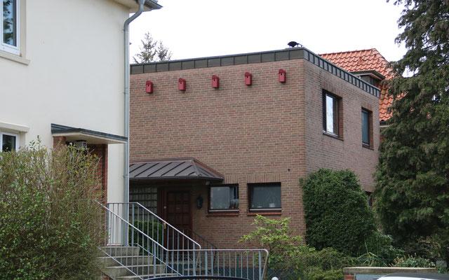 Neue Nistmöglichkeiten im Norden Groß Borstels.