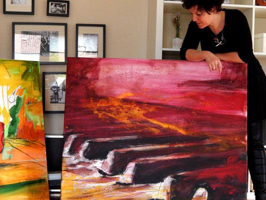 rotes klavier gemalt