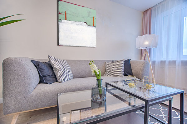 Bild über Sofa mint
