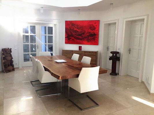 rotes abstraktes Bild büro konferenzraum