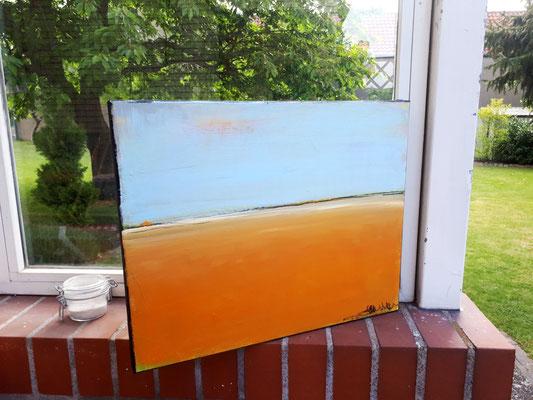 Seitenansicht orange hellblau