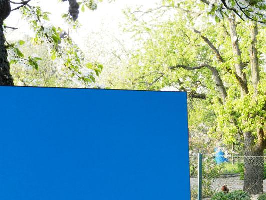 Teilfoto blaues Bild