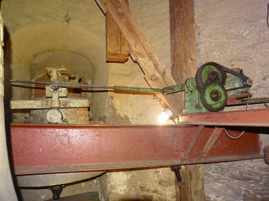 Alte Läutemaschine
