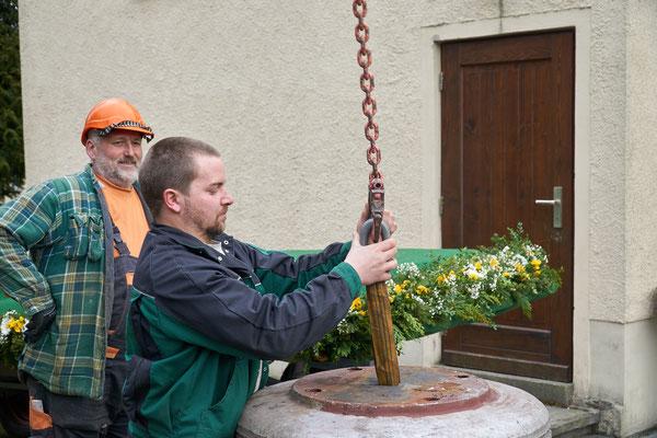 20.03.2017 alte Glocken werden endgültig versetzt